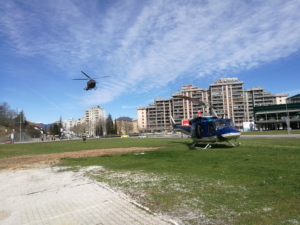 309/19 Pristanek helikopterja