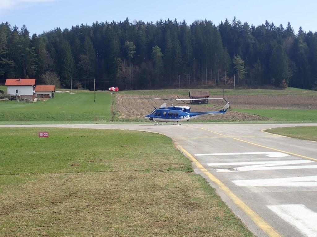 72/18 Pristanek helikopterja