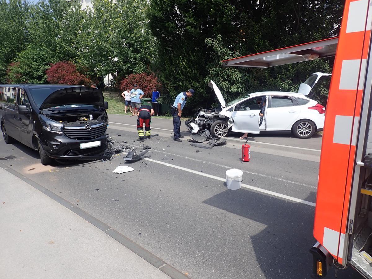 200/21 Prometna nesreča